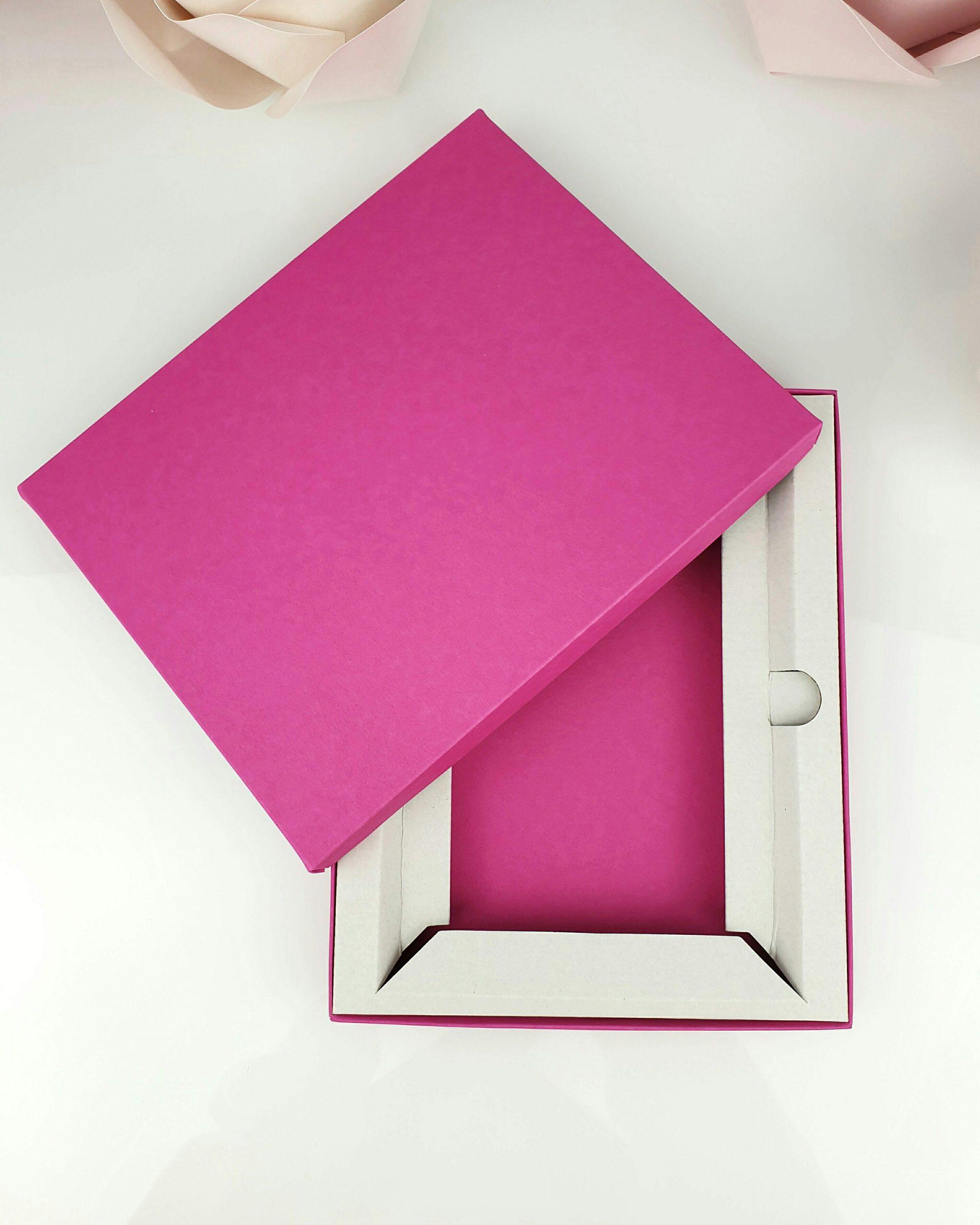 Etui różowe z wkładką stabilizującą do tafli A5 dodatki 3