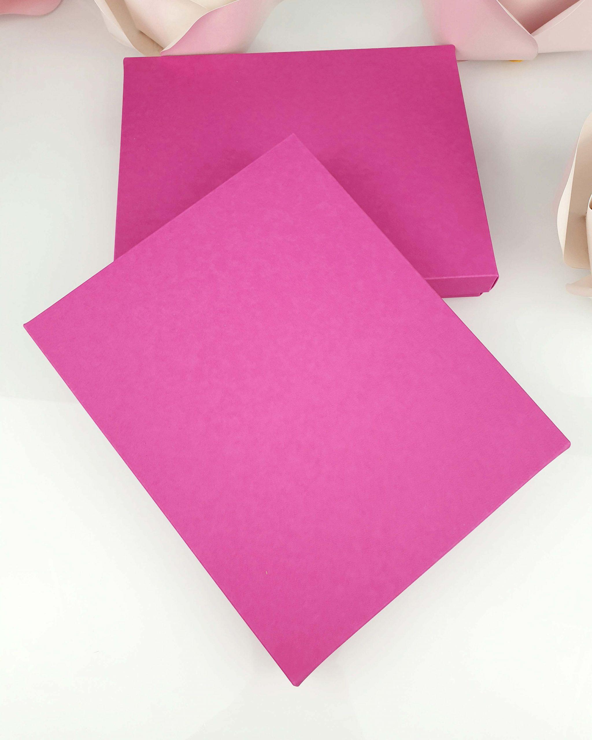 Etui różowe z wkładką stabilizującą do tafli A5 dodatki