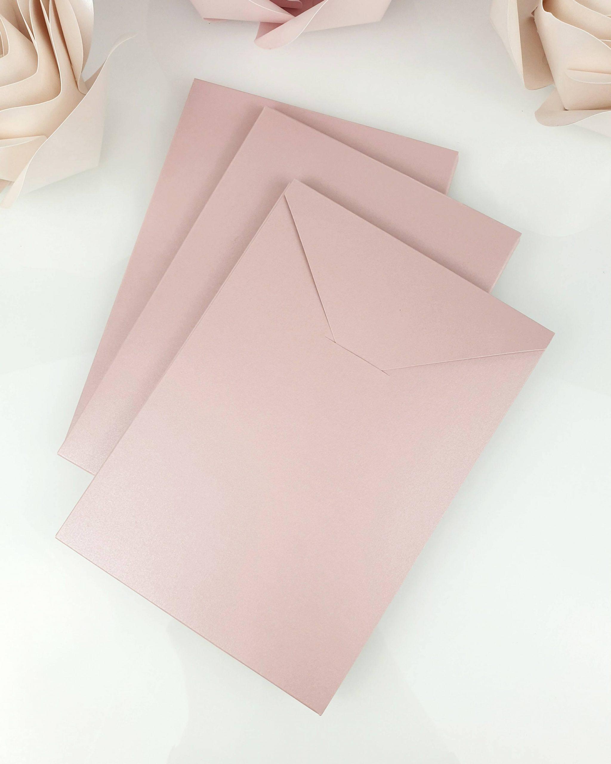 Etui shiny pink A5 dodatki 3