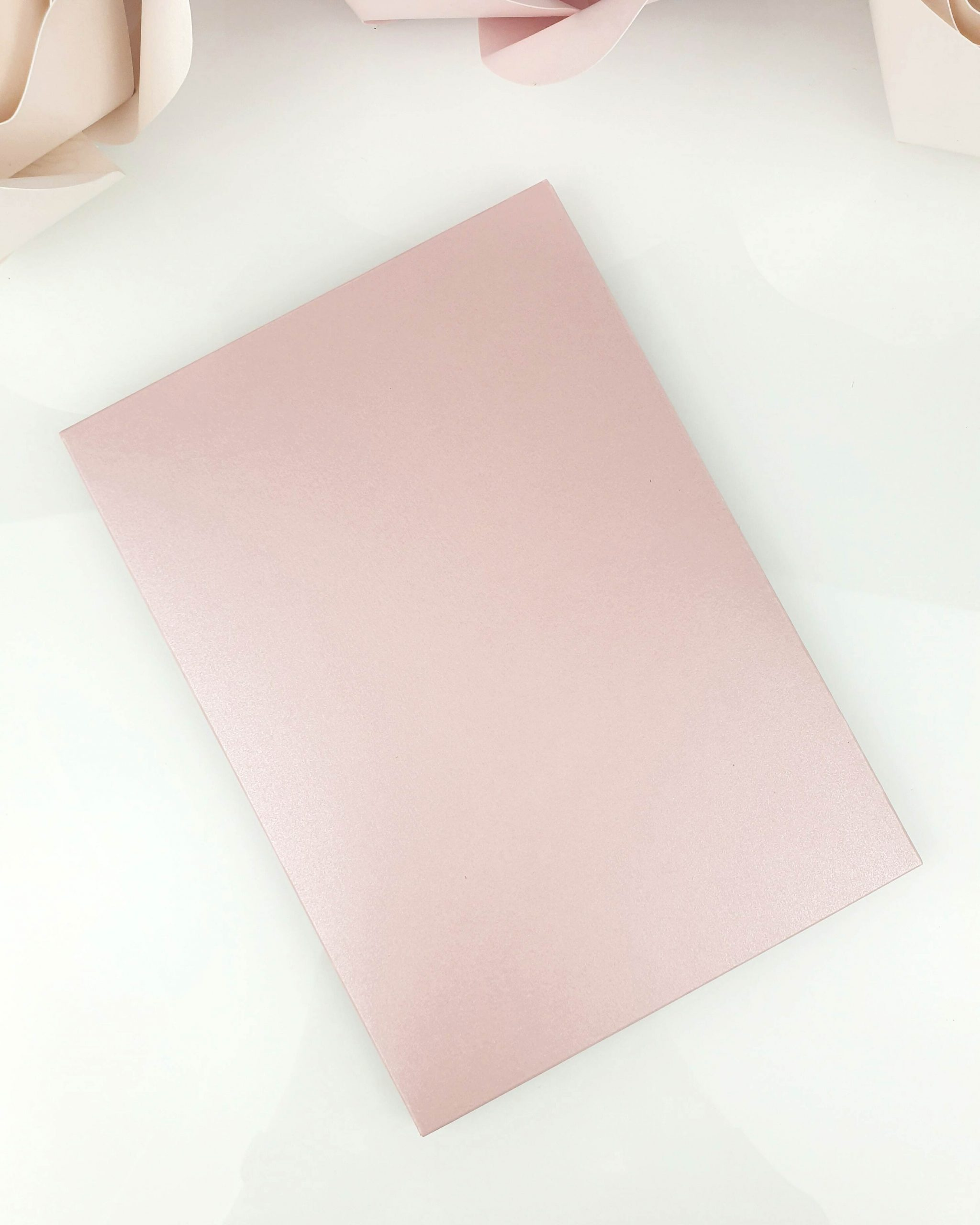 Etui shiny pink A5 dodatki