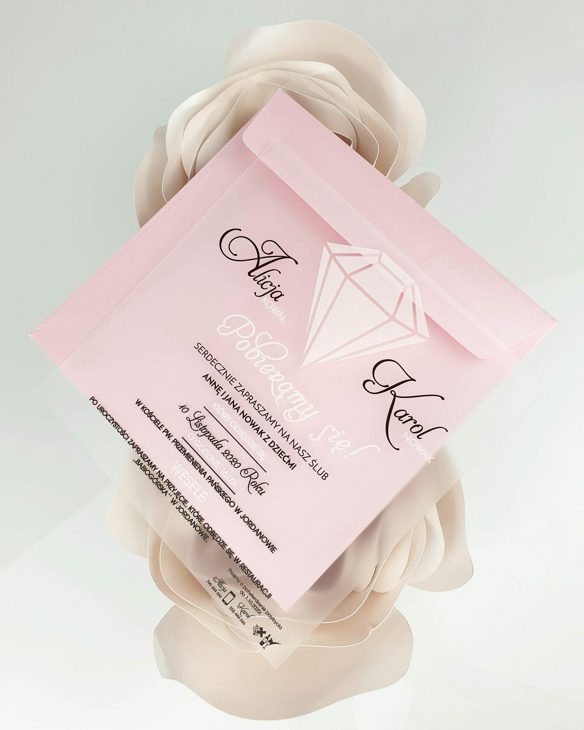 Koperta perłowa różowa do zaproszeń satynowych dodatki 2
