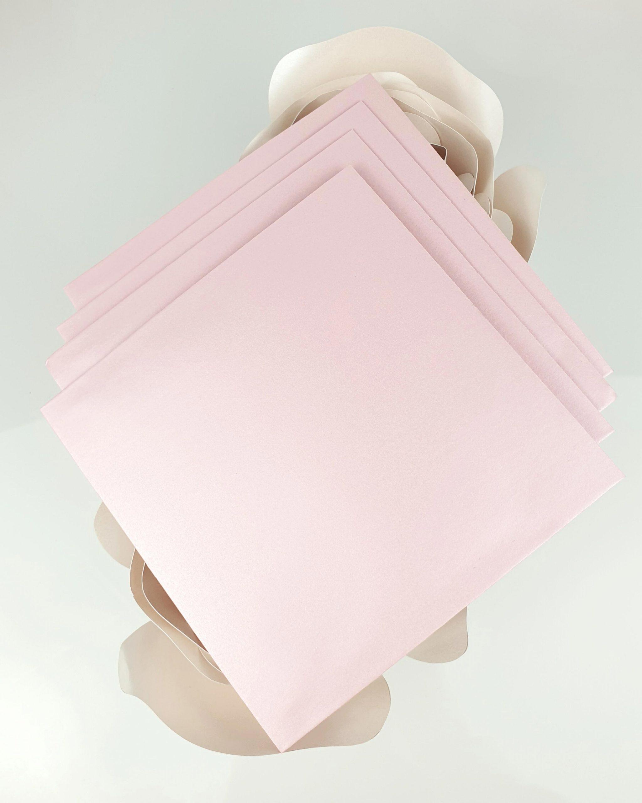 Koperta perłowa różowa do zaproszeń satynowych dodatki 3
